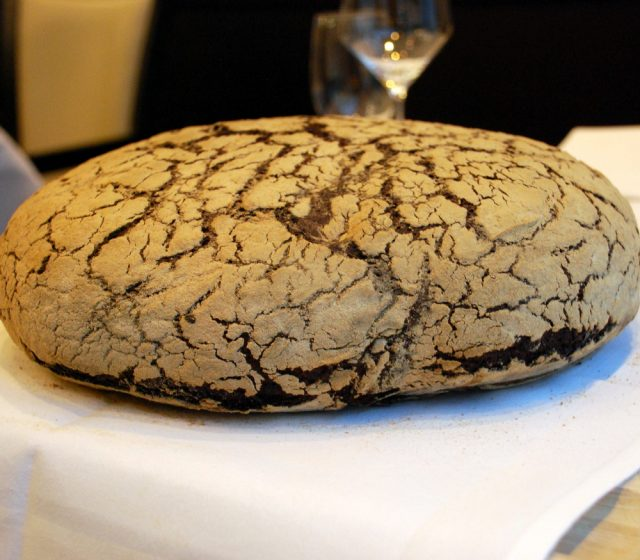 MARY´s Laib Brot