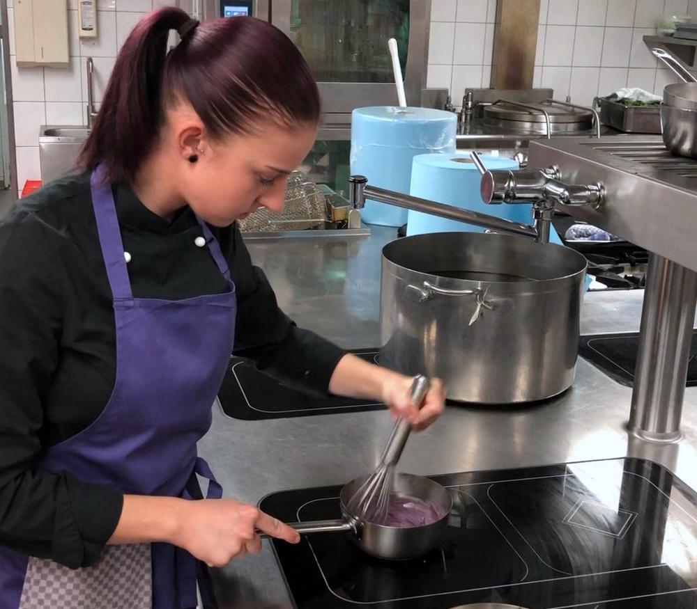 Zubereitung Süßkartoffel Pürree und frittierter Blumenkohl